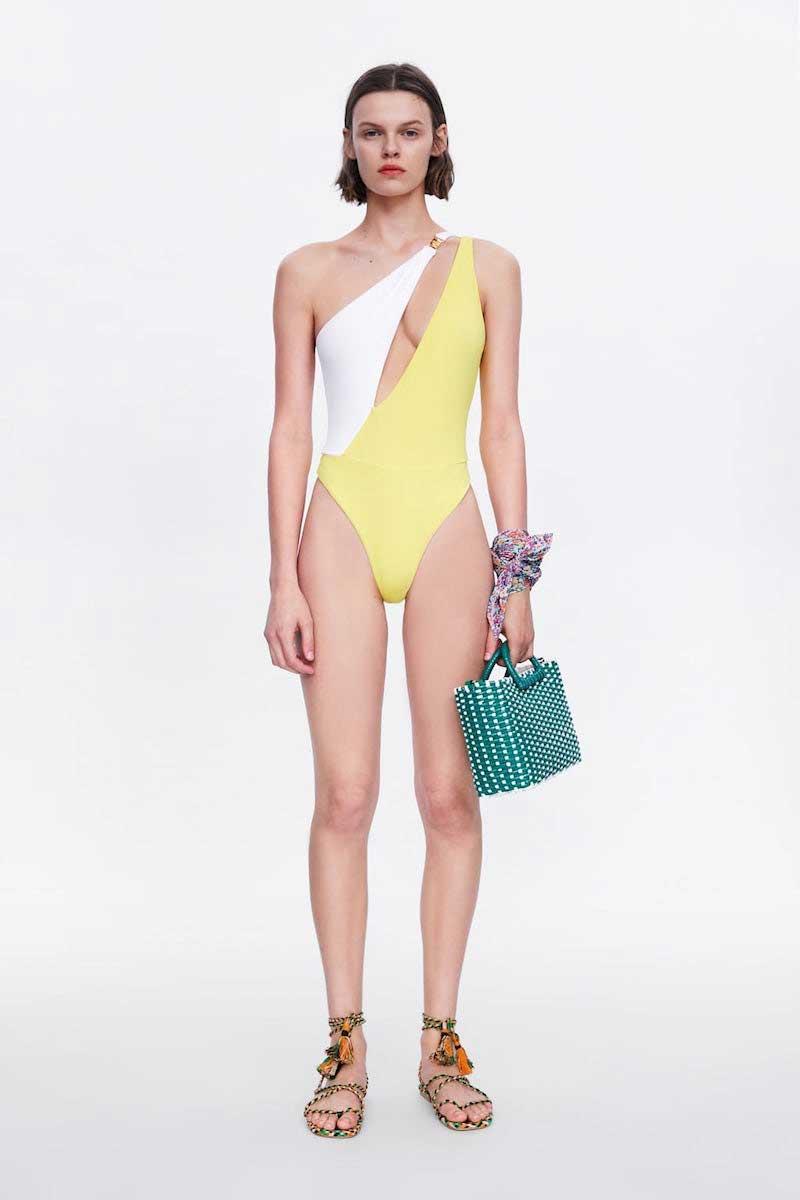 Bikini escote asimétrico