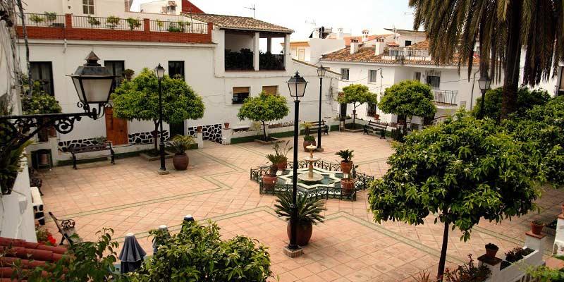 Plaza de las flores Rincon de la Victoria